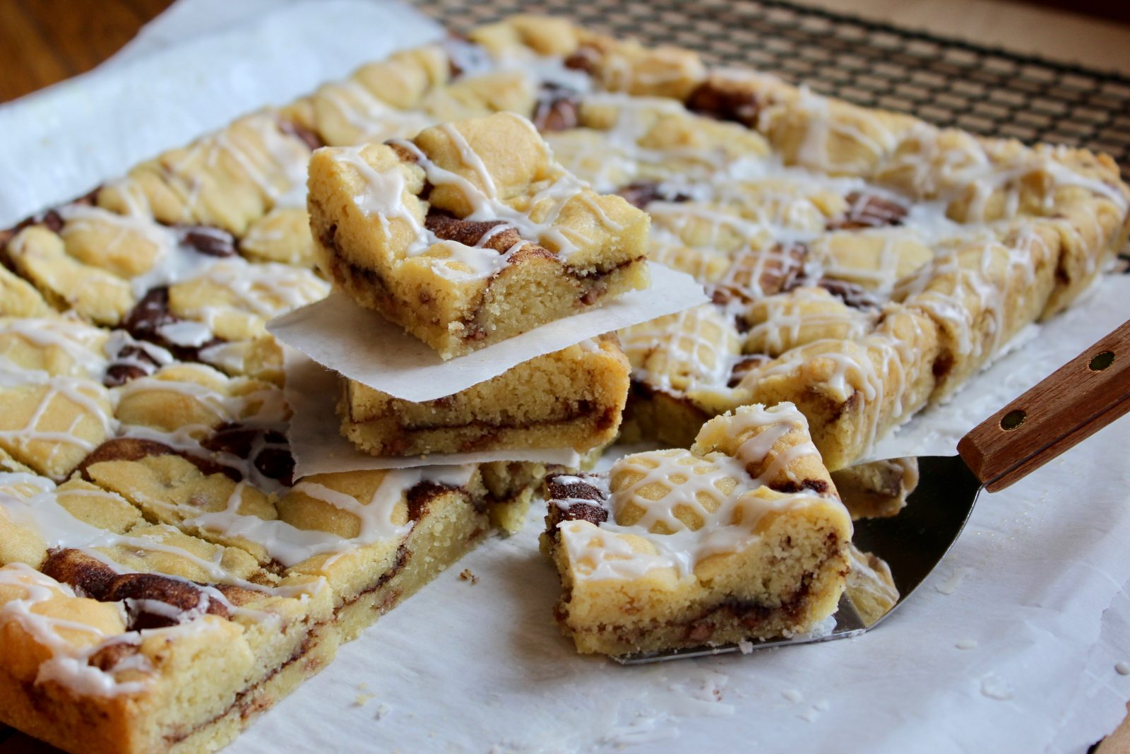 Cinnamon chip snickerdoodle bars cut and ready to serve